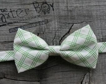 Green pinstripe diagonal plaid little boy bow tie - photo prop, wedding, ring bearer, accessory