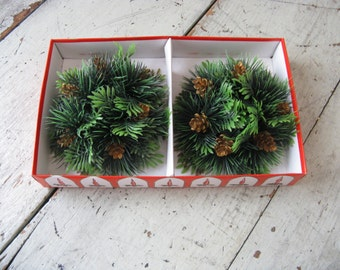 mid century candle rings boxed set green plastic gold pine cones 6 inches christmas kitsch