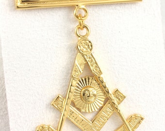 Masonic Past Master Jewel 10K Gold Plated - New Old Stock