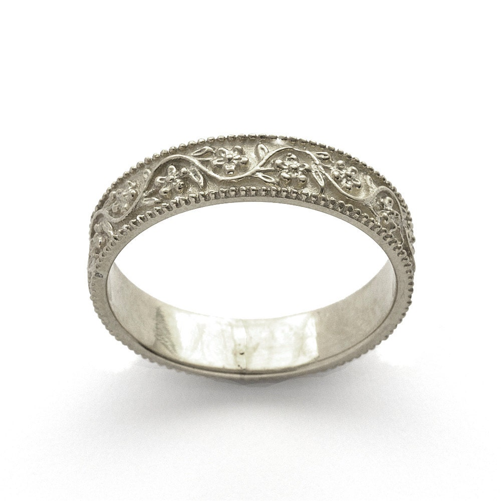Floral Bands: Romantic 5mm Vintage Floral Wedding Band In White Gold
