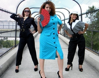 Pretty Woman - Vintage 80s Bright Turquoise Secretary Dress w/ Black Polka Dots and Chunky Black Buttons - Size 9/10