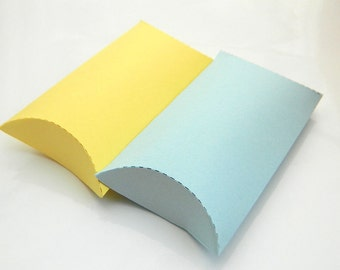 Gift Wrap Pillow Box - Package of 15 - Blue, Yellow, Gray, White, Summer, Wedding Favor, Party Favor, Romantic, Favor, Choose your Color