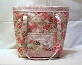 Diaper Bag Handmade Quilted, Pink Elephants, Zipper Top, Seven Pockets