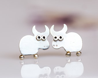 OX Stud Earrings Sterling Silver Mini Zoo series