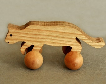 Wooden Cat on Wheels, Waldorf Domestic Toy, Animal Party Favor for Birthdays, Playful Pet Pocket Animal Boy Girl Toddlers Kids Gift nontoxic