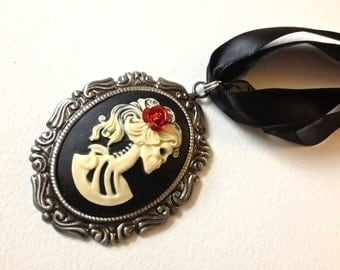 Ivory Lady Skeleton Cameo with Red Rose Necklace