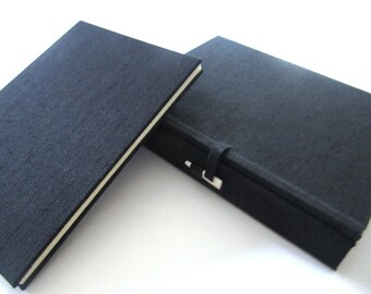 6x4 accordion photo album with 4-sided Japanese box - black linen