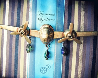 1 airplane with moving propellers BROOCH