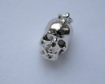 sterling silver SKULL Charm w/ Movable Jaw! For Halloween, or a SKULL LOVER! vintage charm