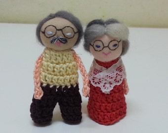 Grandma Grandpa Finger Puppet, Grandparents little dolls