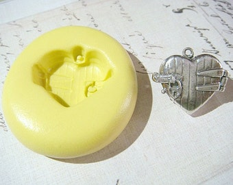 PADLOCKED HEART (with bail) - Flexible Silicone Mold - Push Mold, Jewelry Mold, Polymer Clay Mold, Resin Mold, Craft Mold