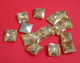 2pcs- Vintage Faceted Glass Foiled Back Jewels Gold Peach Square12x12mm