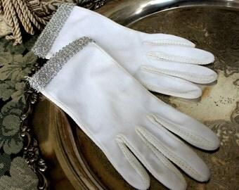 Vintage Gloves, White Gloves with Silver Gimp Braid, Wrist Length, Ladies Evening Gloves