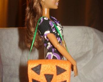 Pumpkin face messenger style tote bag for Fashion Dolls - es264