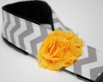 Camera Strap - DSLR Camera Straps - Gray Camera Neck Strap - Camera Accessories - Nikon - Sony- Photographer - Smokey Chevron- Yellow Flower