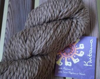 CHUNKY Weight Yarn - Camel (#1905) - Alpaca and Fine Highland Wool- Mirasol Kutama - 50g - Camel Brown Tan