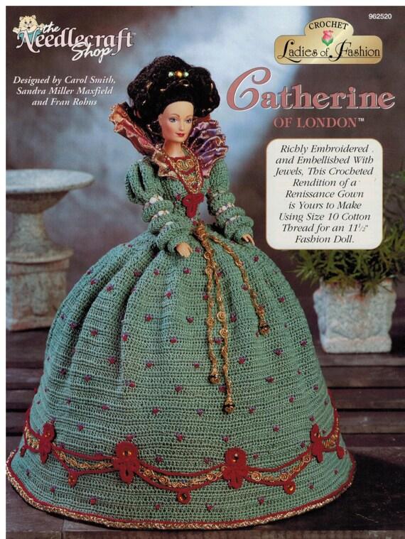 Artículos similares a Traje de Crochet Barbie Renacimiento vestido ...