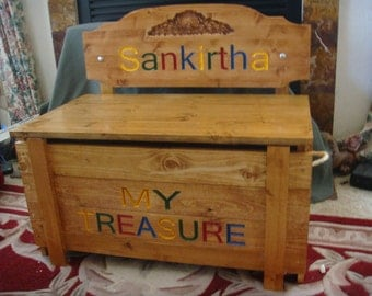 ToyBox/ Bench with seat back,