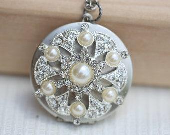 Locket,Silver Locket,Jewelry,Necklace,Locket,Rhinestone Pearl Locket,filigree locket,vintage style  locket,Wedding Necklace,bridesmaid