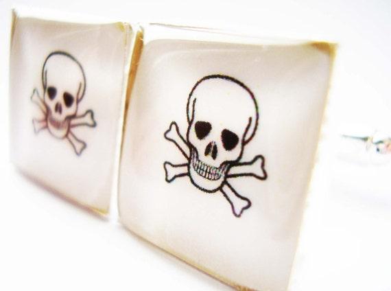 Pirate cufflinks, Skull and Cross Bones Cufflinks, Skull and Cross Bone Cufflinks, Cufflinks for Pirates, Jolly Roger cufflinks, Pirates