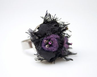 Textile ring black and purple