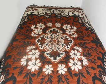 Vintage  Bedspread / coverlet/ Throw