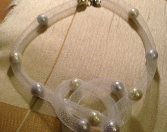 """18"""" Necklace - Plastic mesh with ivory and lilac color beads"""