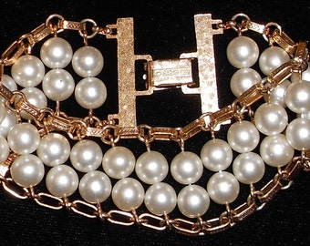 Vintage Sarah Coventry Layered Link Bacelet Signed 1960s Faux Pearls and Gold Tone Metal