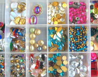 Take 20% OFF 200 PLUS Vintage Glass & Plastic Rhinestone Gem Pieces