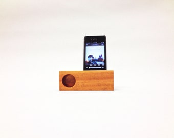 iPhone Mini Acoustic Speaker (Mahogany wood)