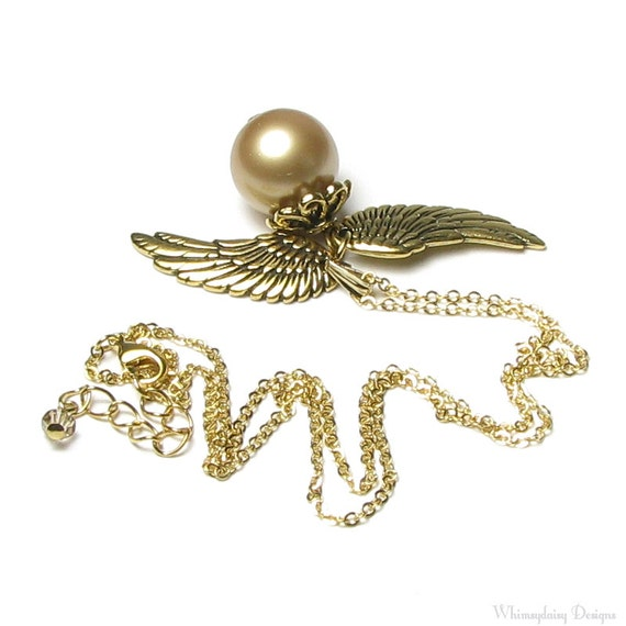 Golden Snitch Necklace, Magical Golden Winged Swarovski Vintage Pearl Pendant Necklace, Gold Pearl Pendant, Snitch Jewelry, Gift for Teen