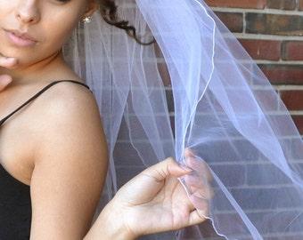 ruffled pencil edge veil