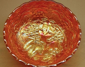 """Vintage """"IMPERIAL GLASS"""" marigold Carnival Glass """"GRAPE"""" bowl"""