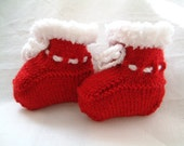 Baby Booties Hand Knitted Red with Soft White Trim Newborn or 0 to 6 Months Unisex Christmas Bootees Shoes Girl Boy Baby Festive Shower Gift