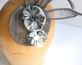 Grey flowers' bridal headpiece