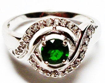 "Chrome diopside ring,  green ring, cocktail ring, green jewelry, green,    s 8  ""Green Light"""