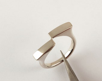 contemporary ring, sterling silver minimalist ring, delicate modern ring, geometric ring
