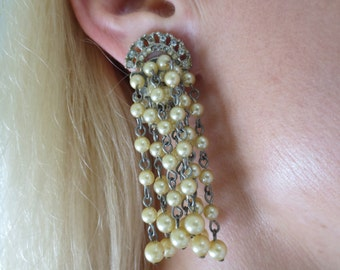 Stunning Vintage Pearls on Chain Clip on Earrings
