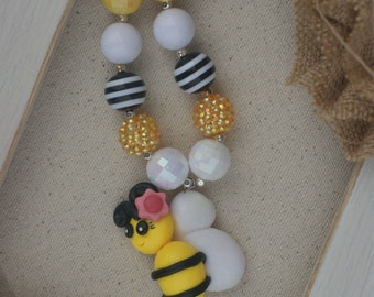Bumblebee Chunky Necklace - So Cute