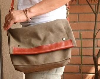 Waxed canvas bag - leather bag - messenger bag - Waxed canvas messenger - Waxed canvas shoulder bag - Every day bag - retro looking bag