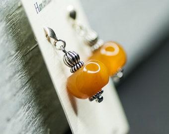Autumn Post Stud Earrings, September Trends Jewelry, Jade Earrings, Small Yellow Earrings, Geometrical Post Earrings, Honey Yellow Autumn