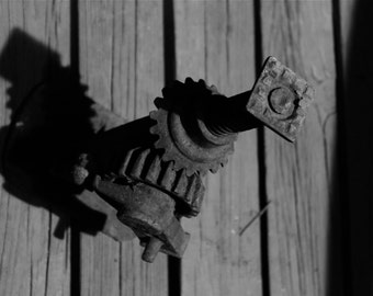 Vintage automobile screw jack
