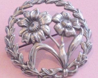 Vintage Silver Floral Design Circle Brooch
