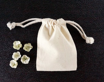 """Do-It-Yourself Blank Natural Muslin Drawstring Bag (4"""" x 6"""" inches) - Customize with paint, stamps and ink, and more"""