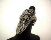 Gator Ring