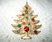 Vintage Rhinestone Gold Wire Christmas Tree Brooch Signed Brooks