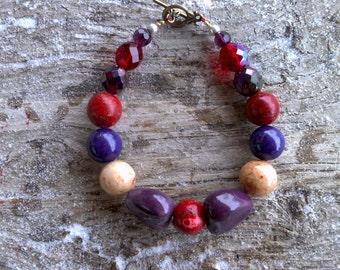 Coral, ceramic,glass beaded bracelet 7 1/2 inch