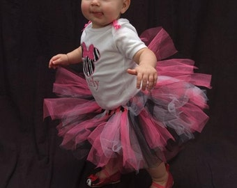 Mini Mouse tutu outfit with matching headband