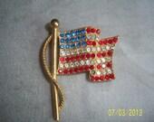 Vintage JJ Signed Rhinestone American Flag Brooch -  Jonette Jewelry - Rhinestone Gold Tone American Flag Pin