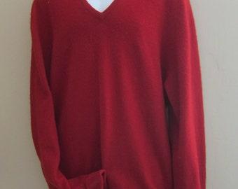 Wool sweater , mans sweater, vintage  Irish , saddle shoulders, V neck top